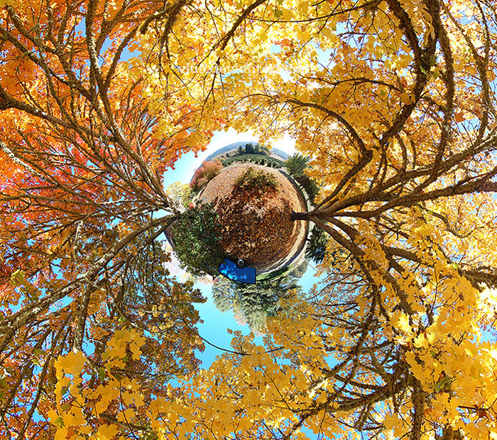 october-autumn-fall-360-180-planet-panorama